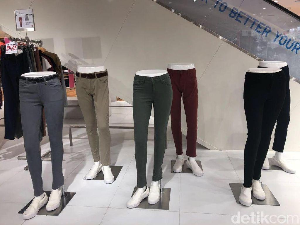 Uniqlo Rilis Celana Jeans yang Bisa Dipakai Olahraga