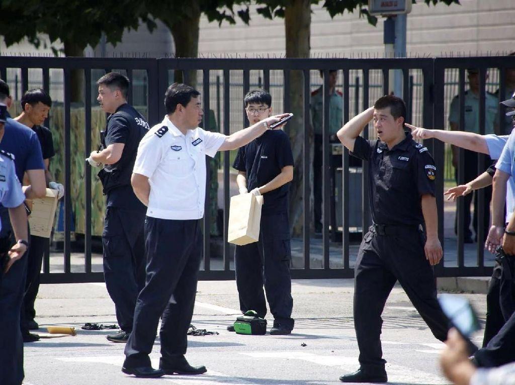 Polisi China: Ledakan di Dekat Kedutaan AS Berasal dari Petasan