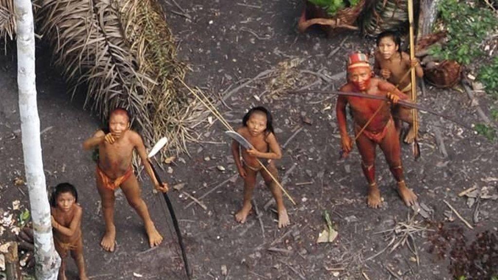 Foto: Amazon dan Manusianya yang Belum Terjamah