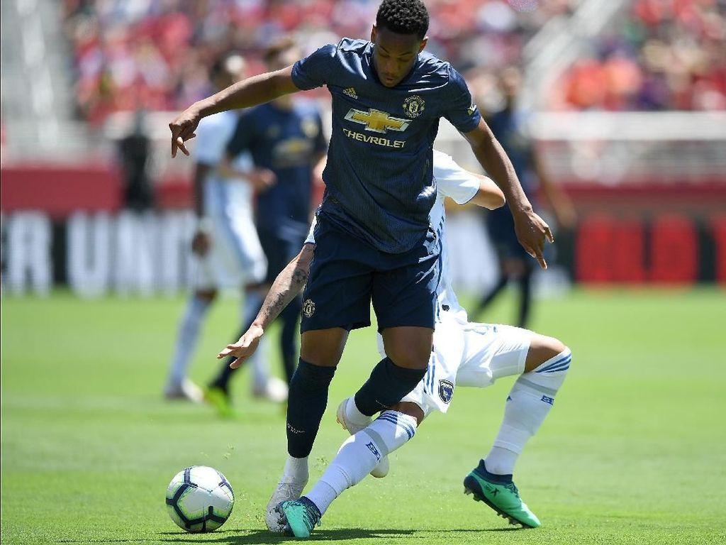 Martial Tinggalkan Pramusim MU, Ini Kata Mourinho