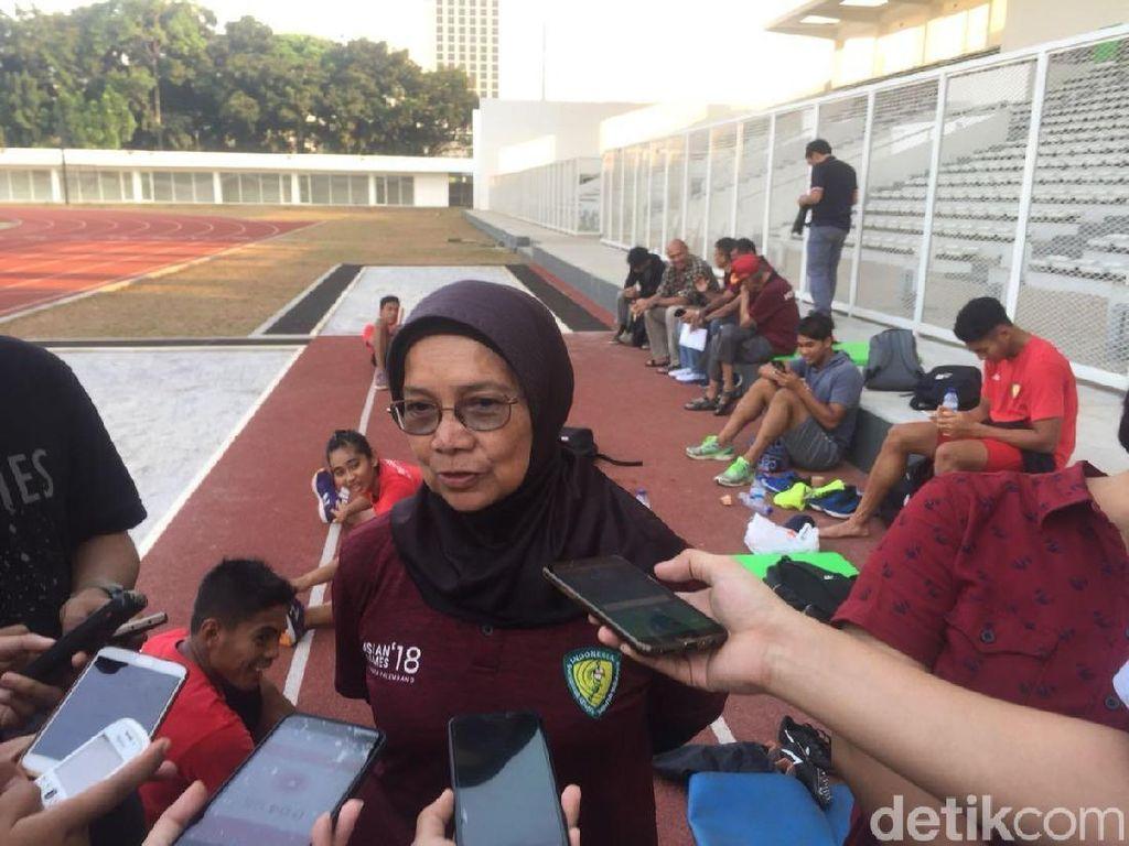 Lari Estafet 4x100 M Putra Punya Masalah Pindah Tongkat