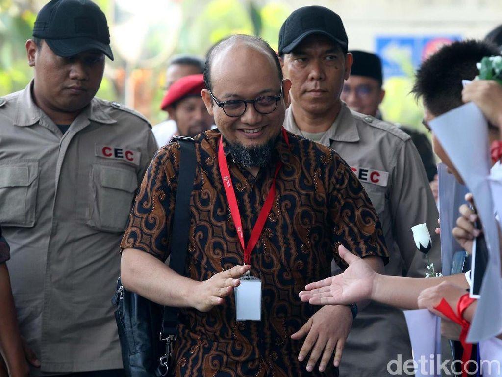 Cuitan Jokowi tentang Novel Berusia Setahun, KPK: Segera Ungkap!
