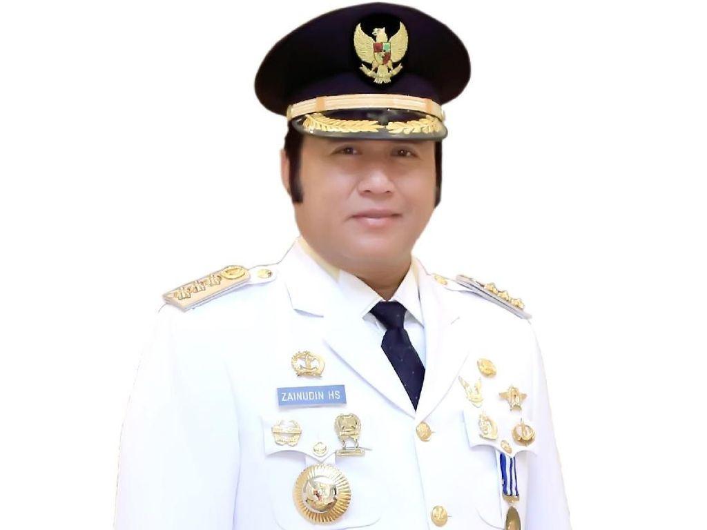Foto: Ini Bupati Lampung Selatan, Adik Ketua MPR yang Kena OTT KPK