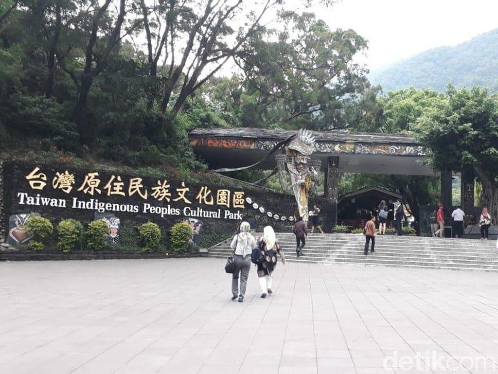 Foto: Taman Budaya Taiwan yang Tidak Mirip China