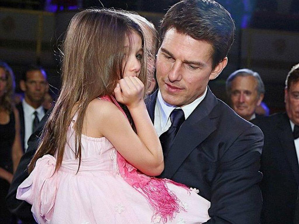 Masih Soal Aliran Keyakinan Tom Cruise yang Larang Temui Suri
