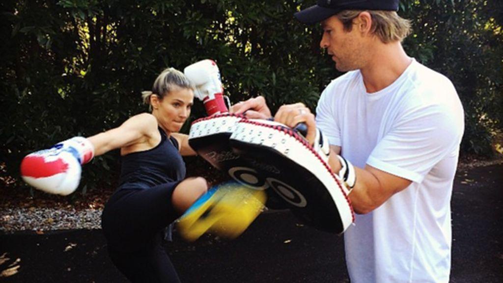 Olahraga Bareng, Bugar Bareng! 10 Pasangan Seleb Ini Gemar Workout