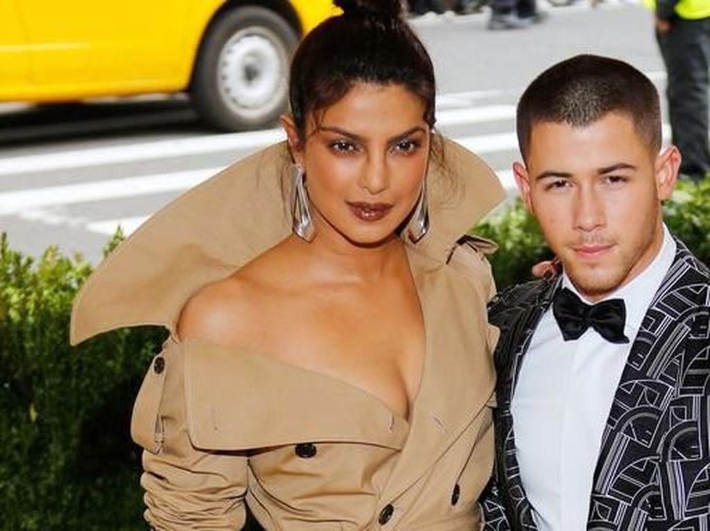 Priyanka Chopra Menghindar saat Ditanya Soal Nick Jonas