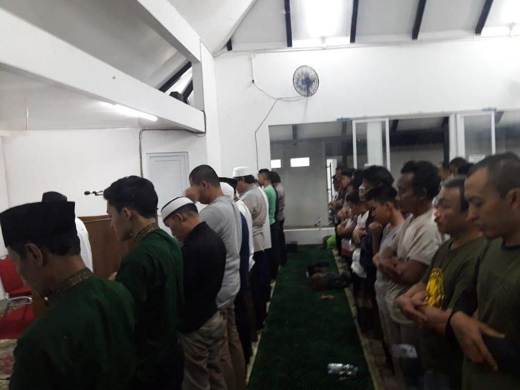 Masjid Amir Hamzah Taman Ismail Marzuki Gelar Salat Gerhana