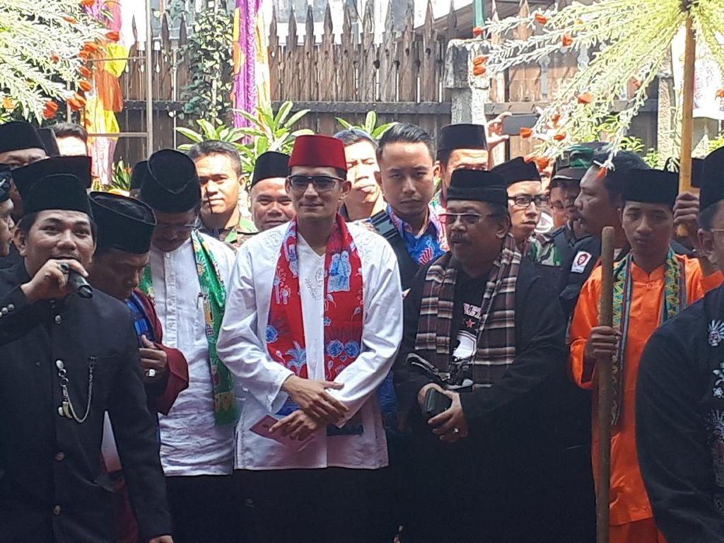 Sandi Hadiri Lebaran Betawi di Kampung Budaya Setu Babakan