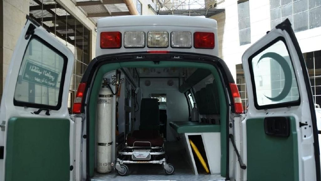 Unboxing Ambulans Pengangkut Jemaah Haji Sakit di Mekah