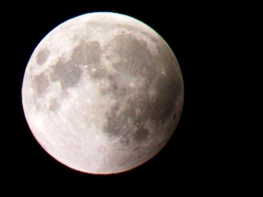 Gerhana Bulan Total Terjadi Dalam 7 Fase