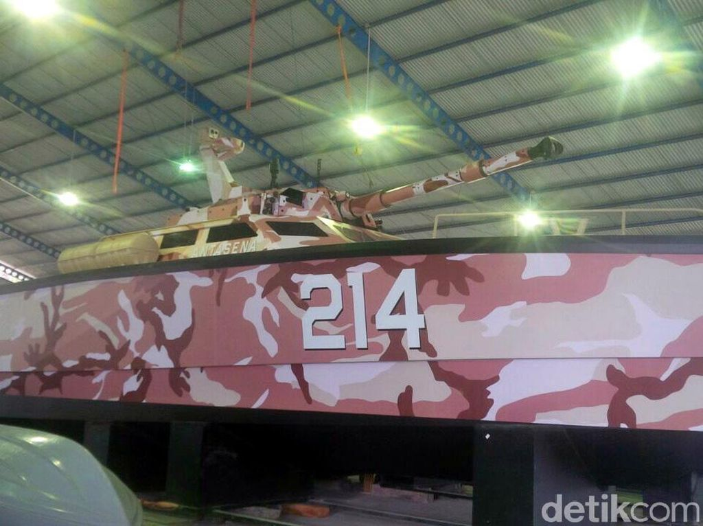 Bangga! Ini Antasena Tank Boat Pertama Dunia Made in Banyuwangi