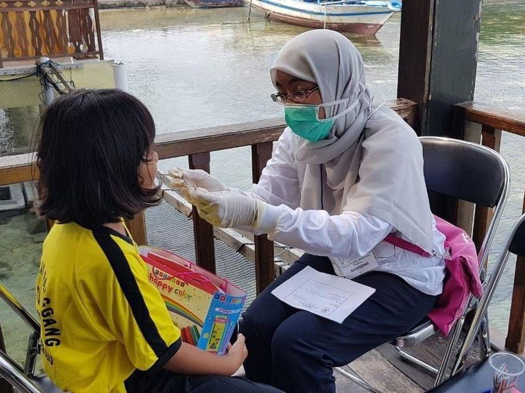Peduli Kesehatan Gigi Anak-anak Pulau Pramuka
