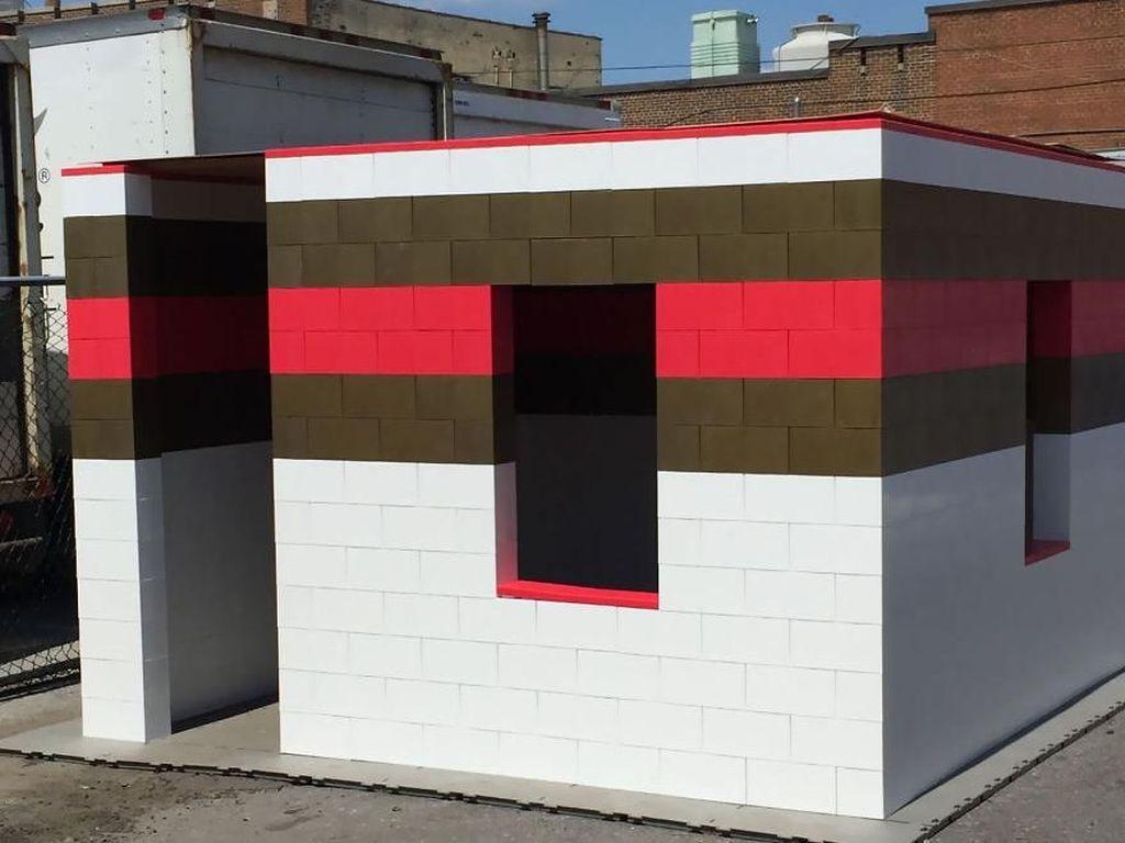 Punya Rumah Ini Serasa Tinggal dengan Lego Raksasa