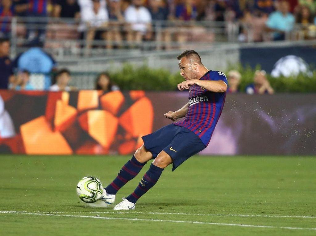 Pujian Valverde untuk Arthur yang Bikin Gol dalam Debutnya di Barca