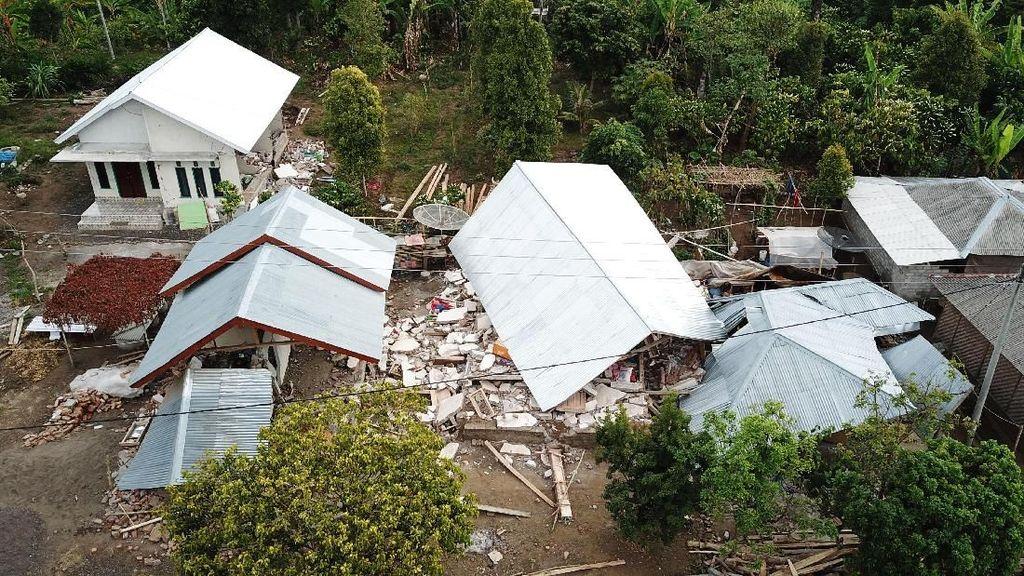 Melihat Dampak Kerusakan Gempa Berkekuatan 6,4 SR di Lombok