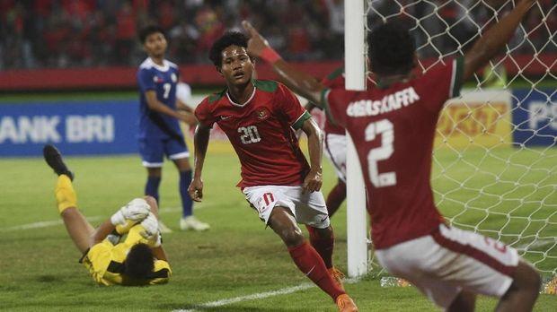 Bagus Kahfi masih menjadi top skor sementara di Piala AFF U-16 dengan torehan 11 gol dalam lima laga. (