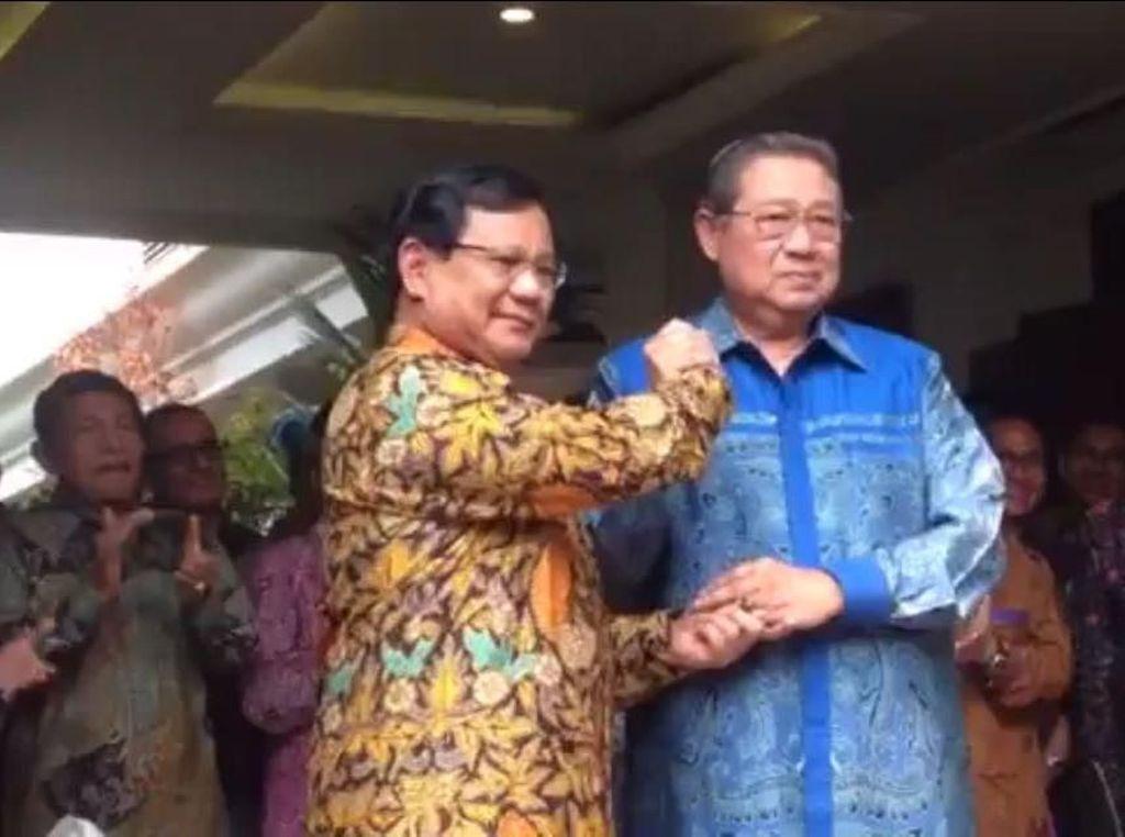 Deal! Salam Komando Prabowo-SBY Usai Sepakat Koalisi