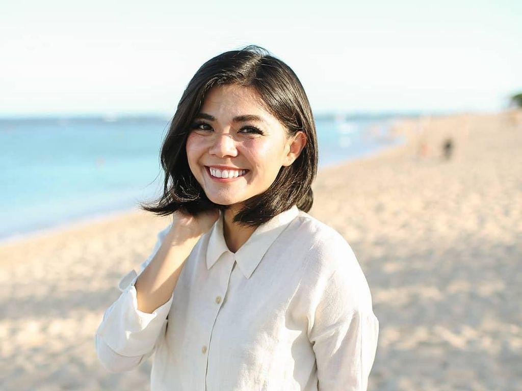 Kiki Challenge Ala Motivator Merry Riana Ini Dijamin Bikin Baper