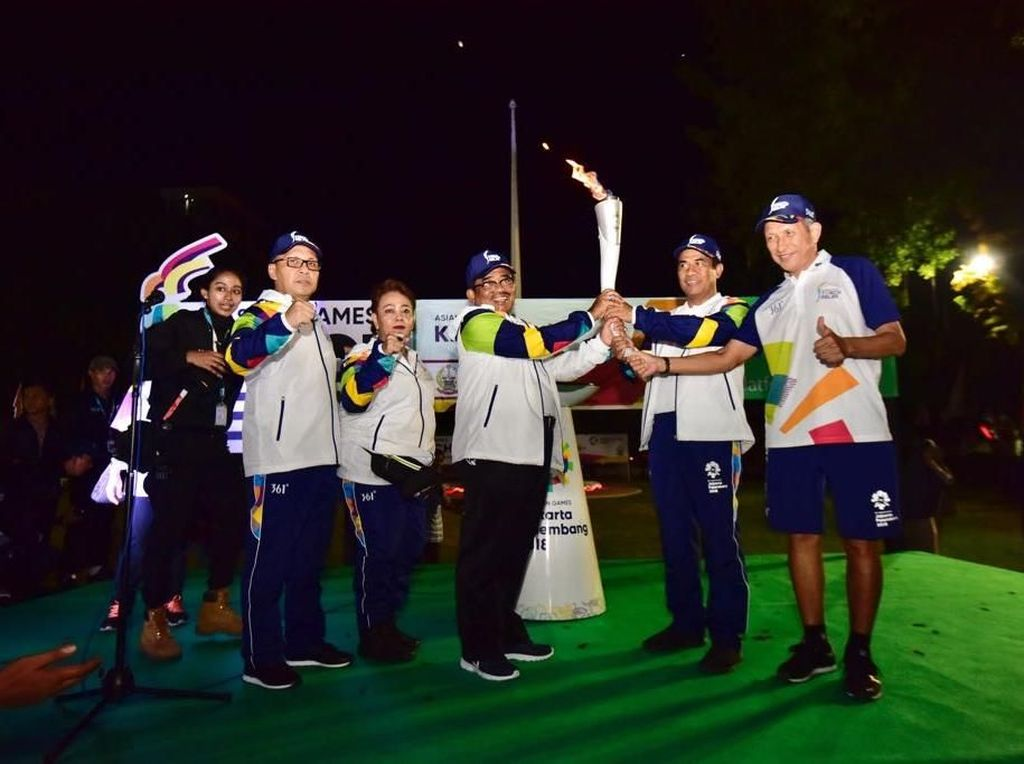 Harapan untuk Indonesia dari Kirab Obor Asian Games 2018 di Makassar
