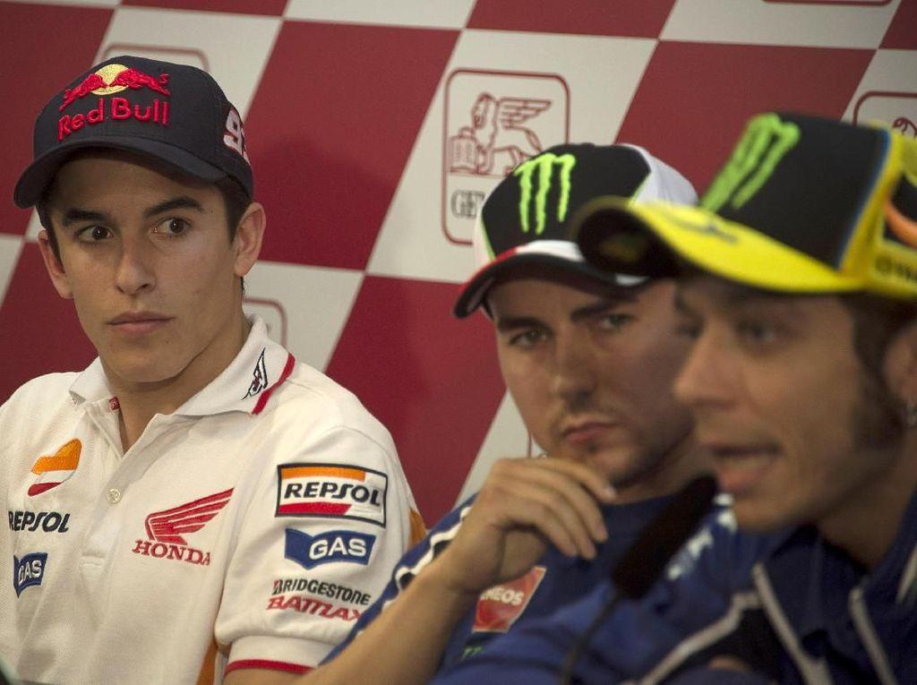 Bicarakan Dinding Lorenzo-Rossi, Marquez: Aku Sih Tidak Akan Begitu
