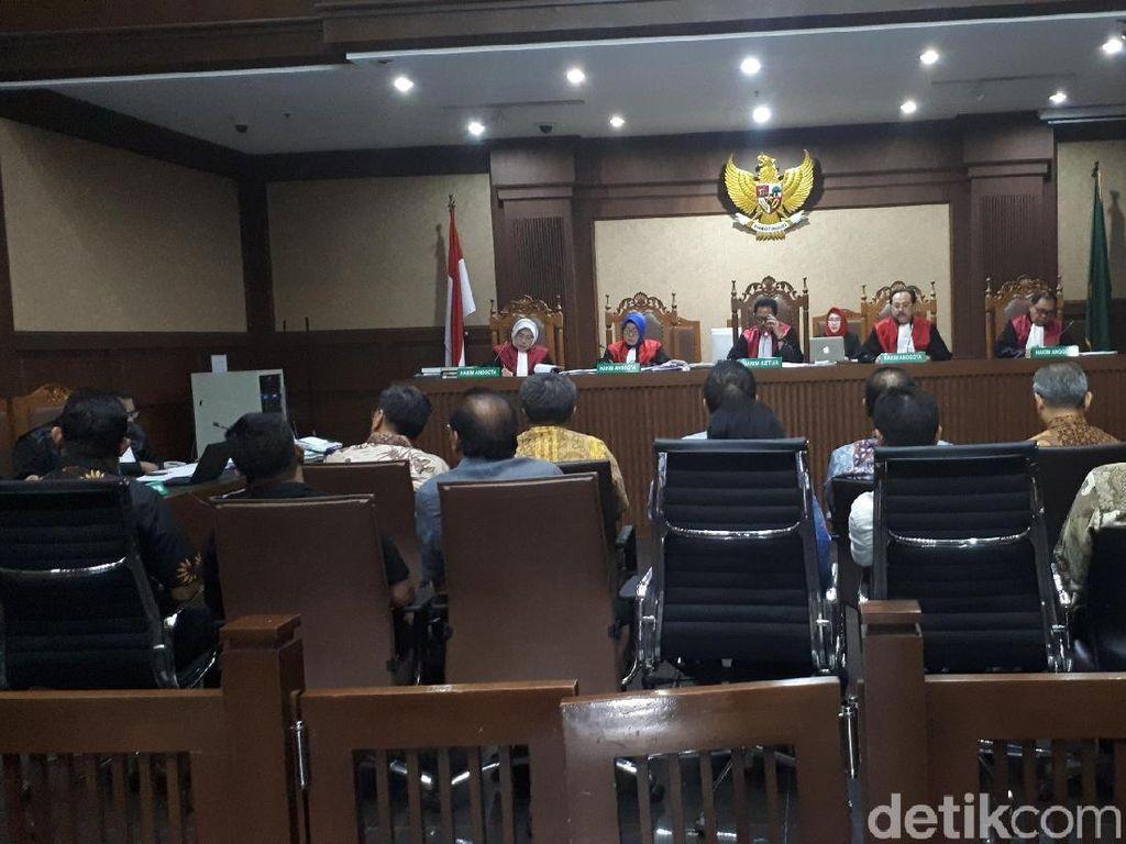 Jaksa KPK Bongkar Kepemilikan Saham Terdakwa BLBI