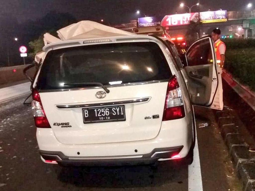 Kecelakaan Mobil di Tol Tanjung Barat, 1 Orang Tewas