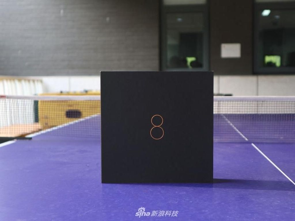 Penampakan Ponsel Paling Gahar Xiaomi Berbodi Transparan