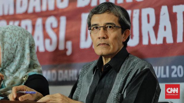 Mantan Komisioner KPU, Hadar Nafis Gumay saat menjadi narasumber dalam diskusi publik terkait presidential threshold di Aula Muhammadiyah. Jakarta, Selasa, 31 Juli 2018.