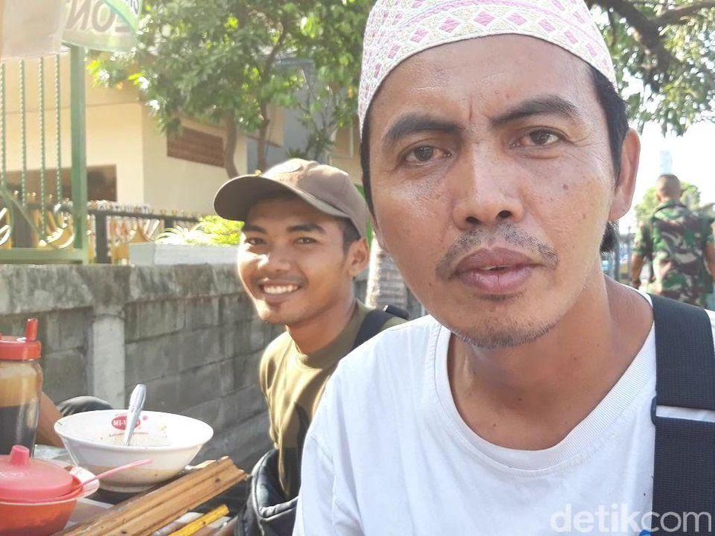Cerita Penjual Bakso Gratis di Surabaya, Ngaku Mantan Istrinya Teroris
