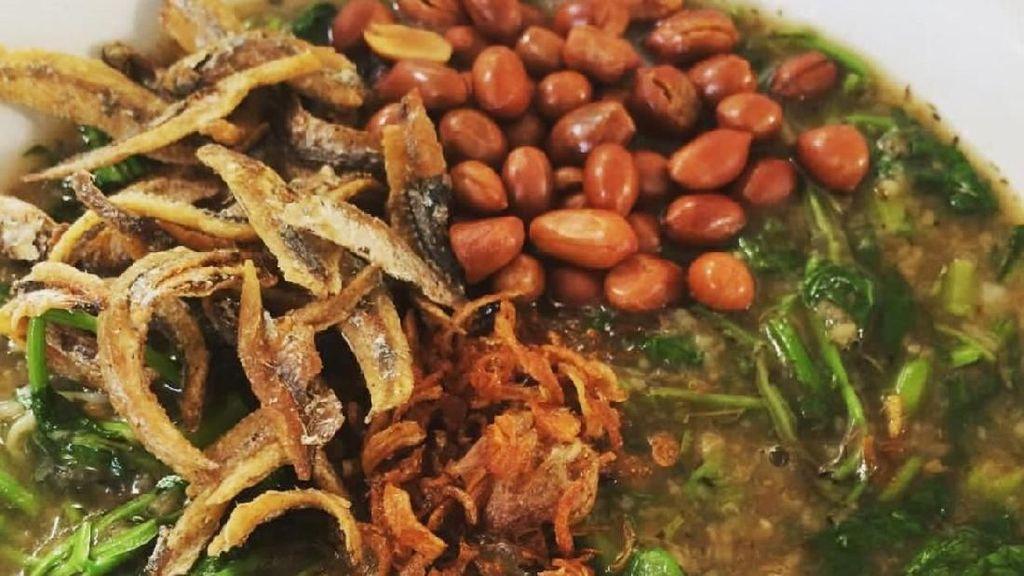 Tambah Semangat dengan Sarapan Bubur Pedas Khas Kalimantan
