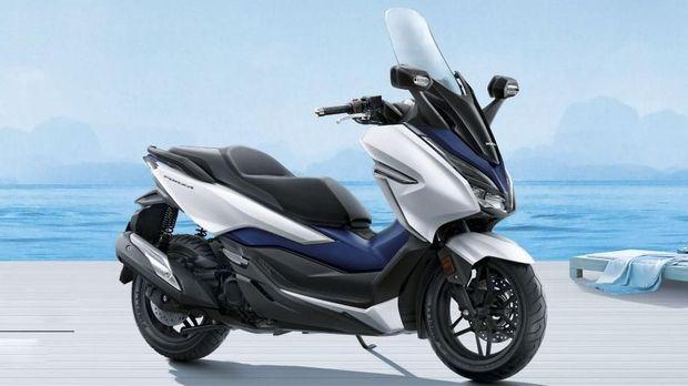 Honda Forza mesin kapasitas 300 cc untuk pasar roda dua Thailand.