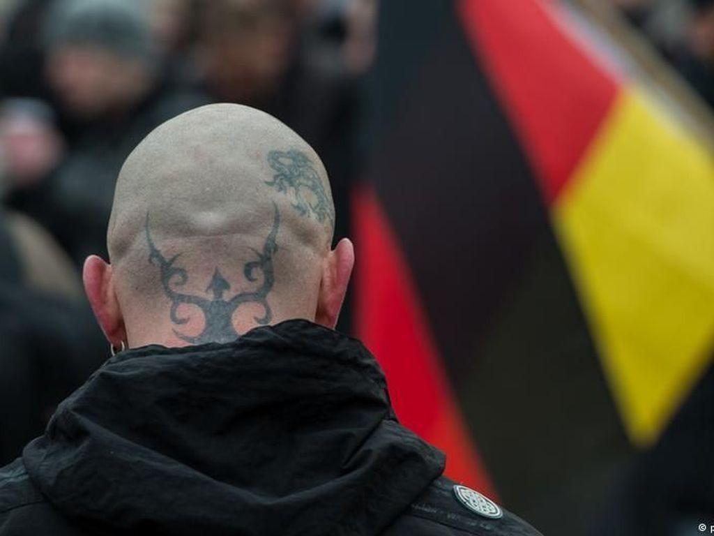Ekstrem Kanan Neo-Nazi Punya Daftar Musuh dengan 25 Ribu Nama