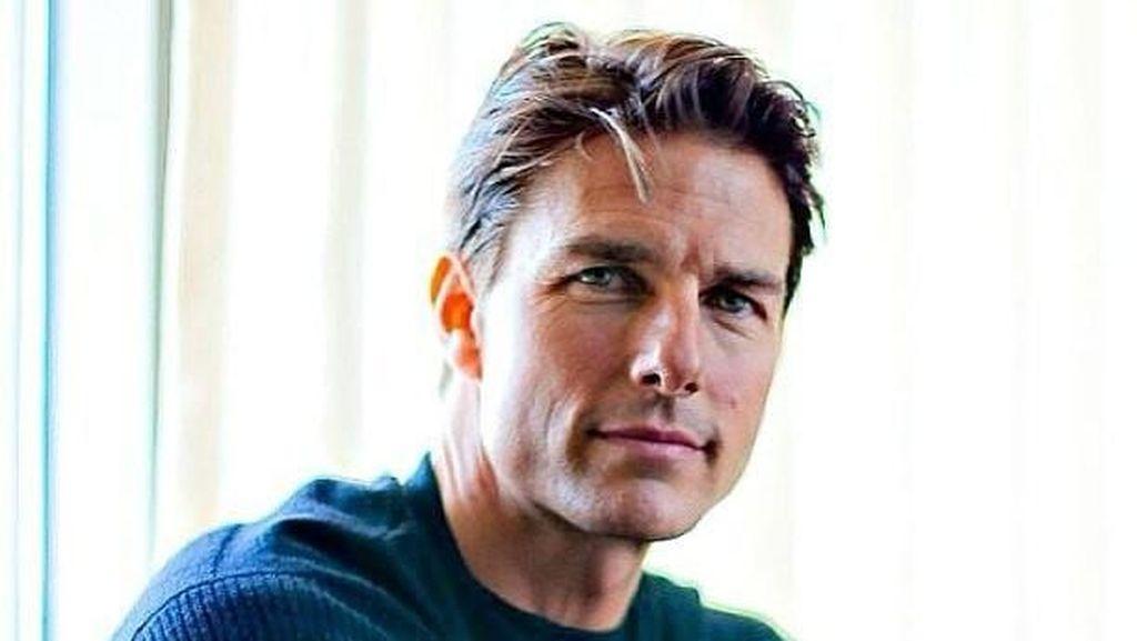Buat Dim Sum hingga Minum Soda, Tom Cruise Tetap Terlihat Awet Muda