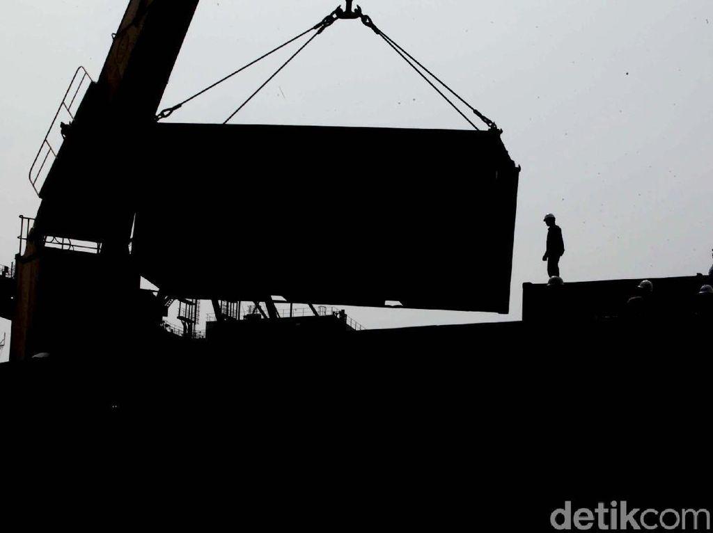 Strategi Baru Percepat Bongkar Muat di Tanjung Priok