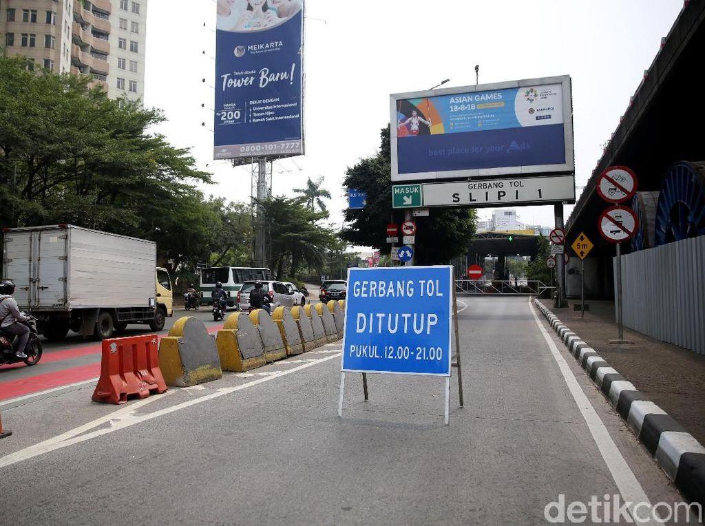 Simulasi Penutupan Pintu Tol Jelang Asian Games