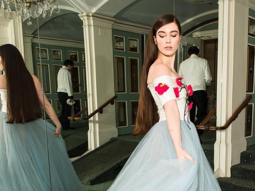 Foto: Sosialita Cantik dari New York yang Disebut Mirip Snow White