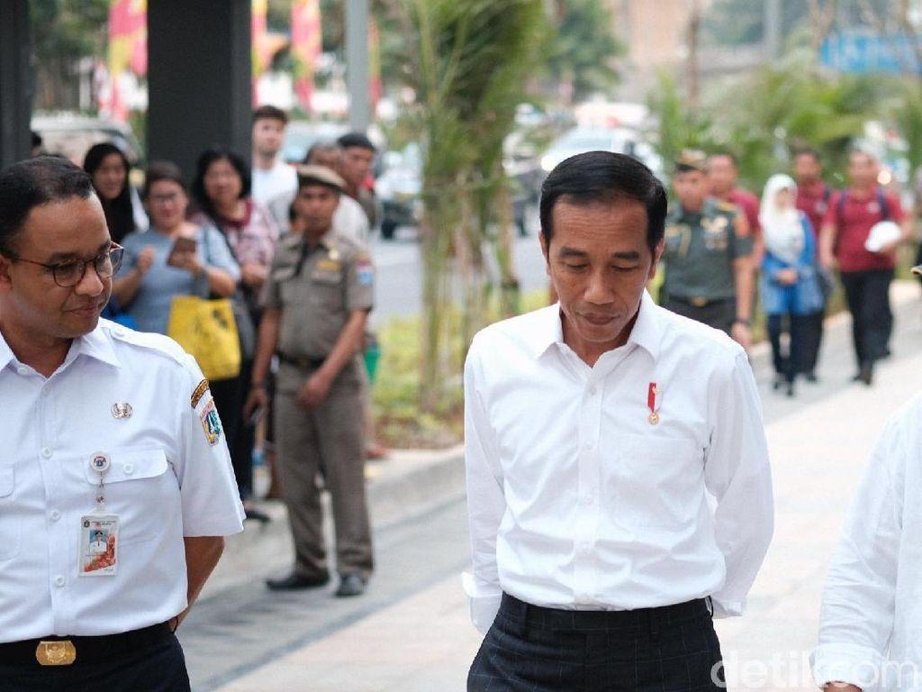 Setuju Anies Robohkan JPO, Jokowi: Bundaran HI Lebih Indah