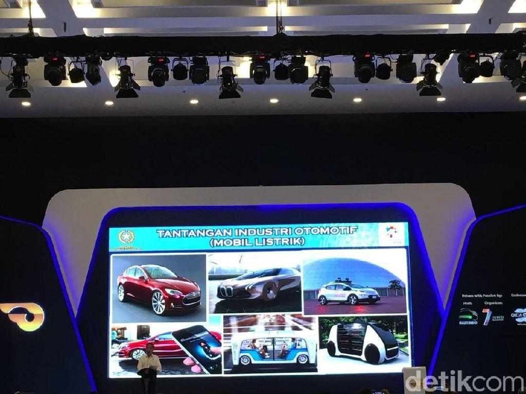 Produsen Mobil Lapor Penjualan Naik pada Jokowi di GIIAS 2018