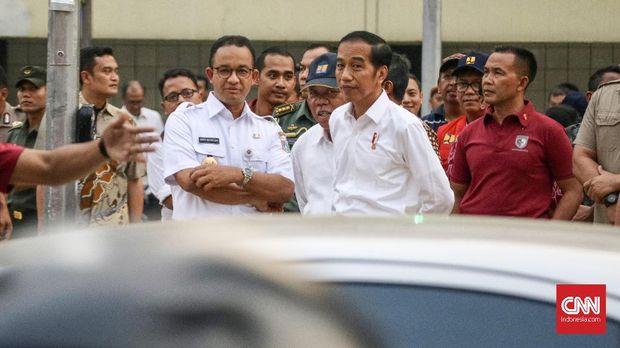 Presiden Joko Widodo bersama Menteri PUPeRa Basuki Hadimuljono dan Gubernur DKI Jakarta Anies Baswedan meninjau infrastruktur kota jelang Asian Games 2018.