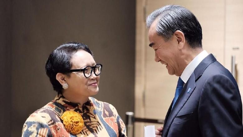 Menlu RI Retno dengan Menteri Luar Negeri Cina Wang Yi   Foto: dok. Kemenlu RI