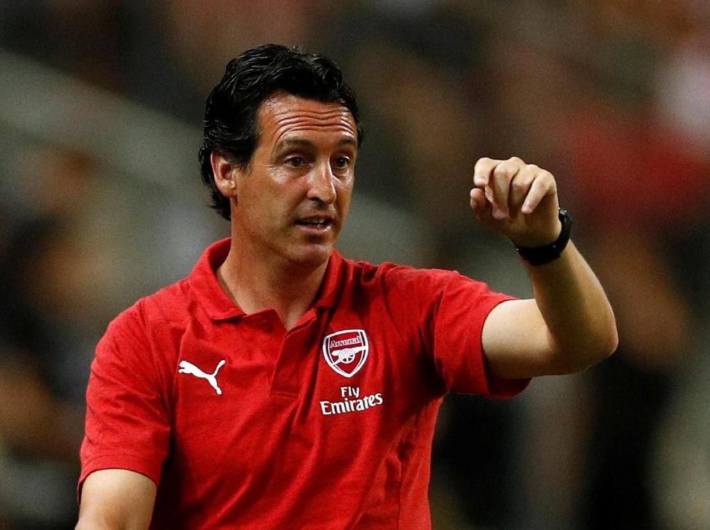 Emery Kecanduan Lawan Guardiola