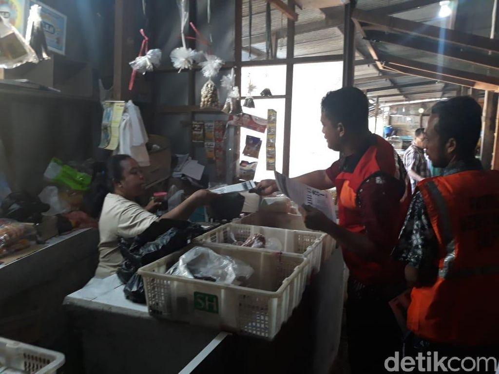Tak Sedia Tempat Sampah, Pedagang Pasar di Surabaya Akan Didenda