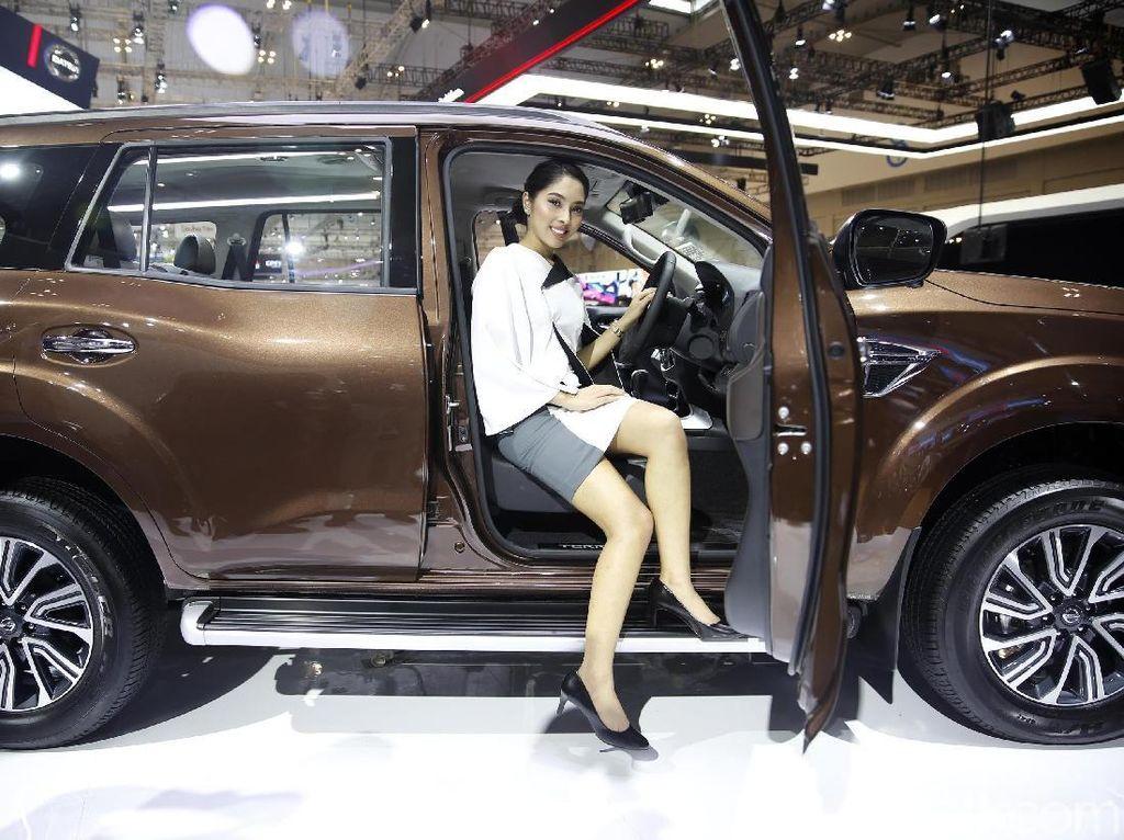 Video: SUV Bongsor Nissan Terra yang Cocok di Jalanan Jakarta
