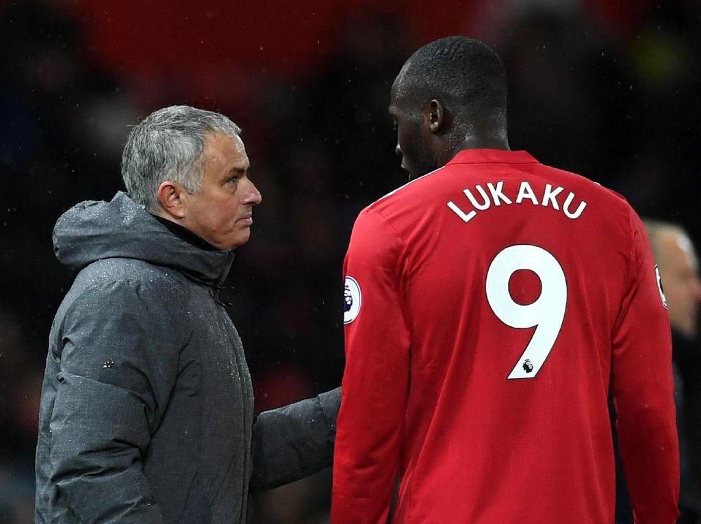 Benci tapi Cinta Lukaku pada Mourinho