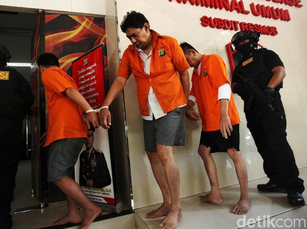 Polda Metro Jaya Tangkap Tiga Pelaku Penipuan