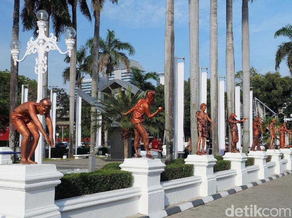 Unik! Ada Manusia Patung di Pameran Seni Koleksi Istana