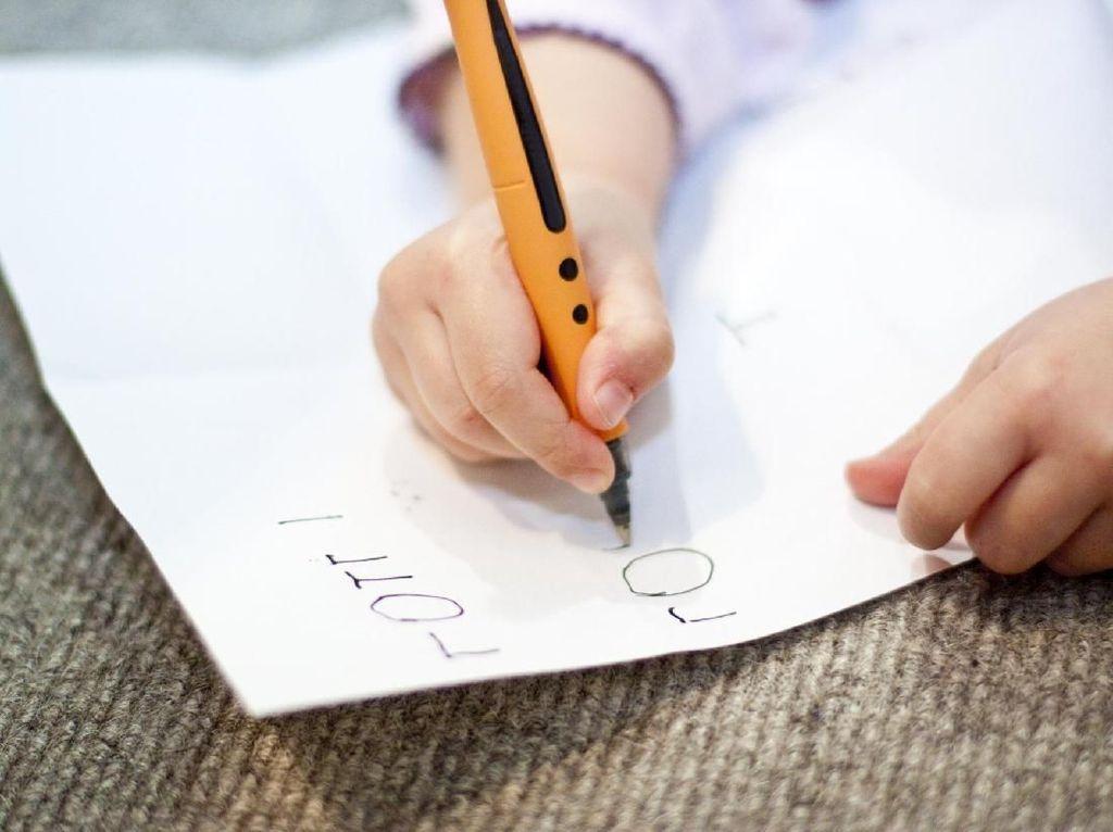 Luar Biasa, Kisah Guru Latih Social Skill Siswa Difabel