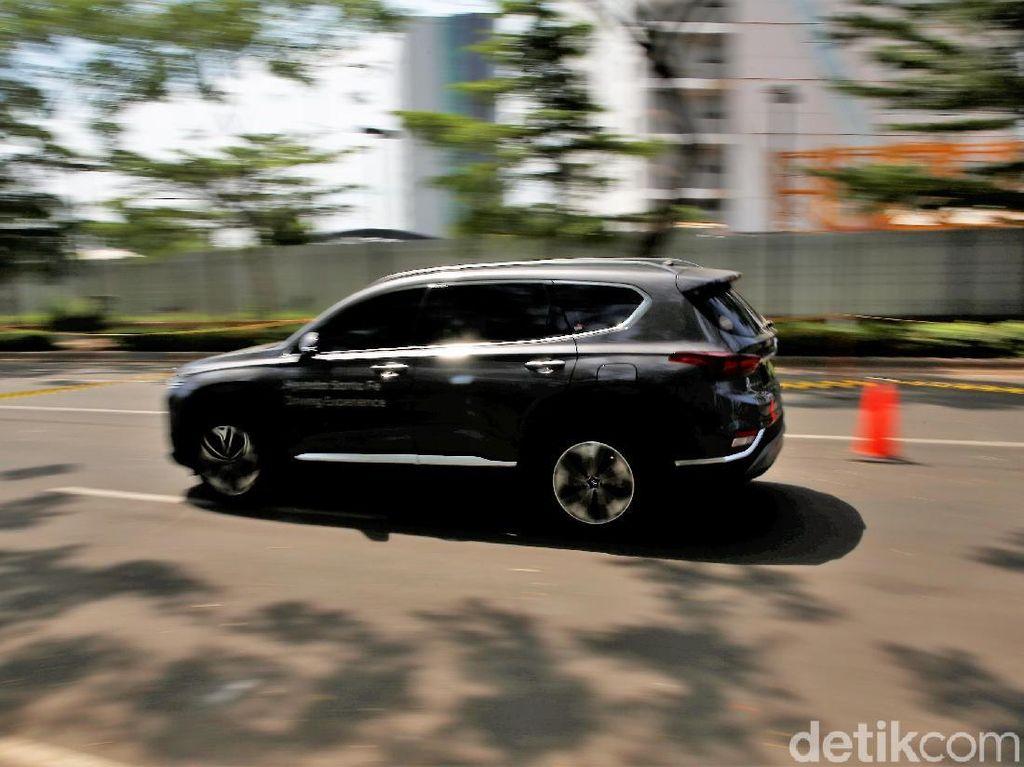 Mobil Korea Selatan Sukses Curi Perhatian Pengunjung GIIAS 2018
