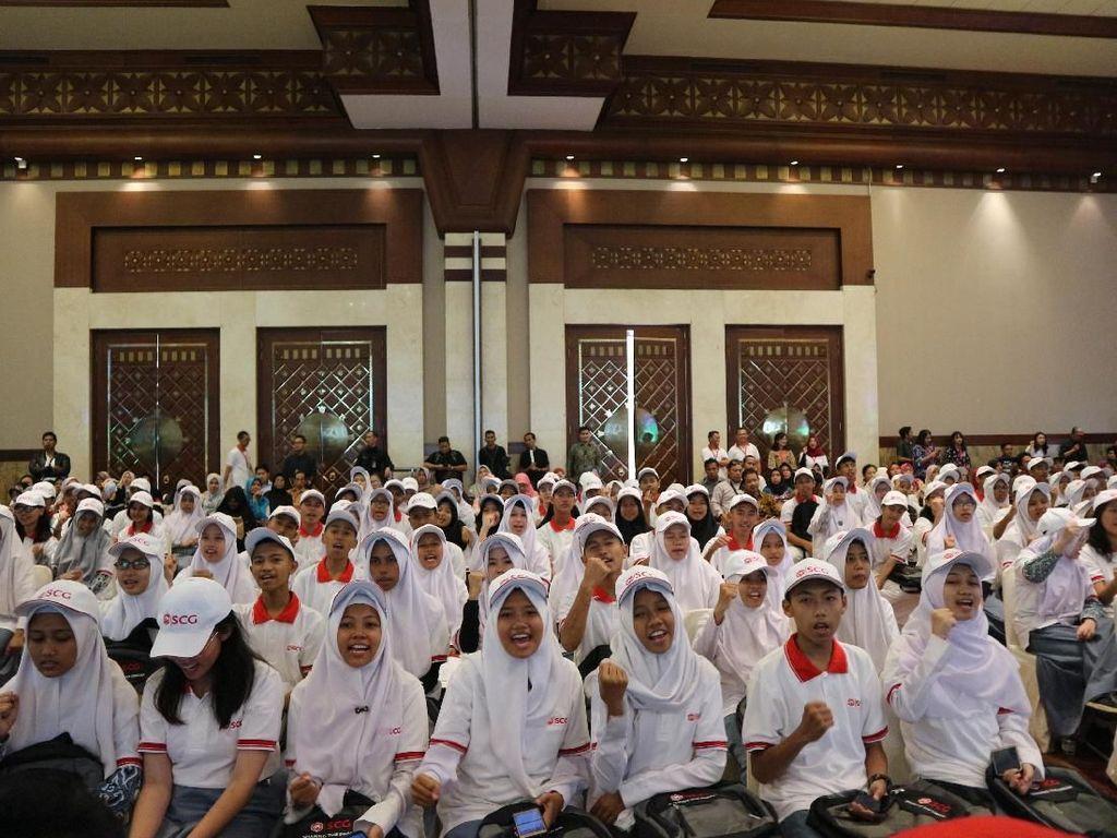 400 Pelajar SMA Terima Beasiswa